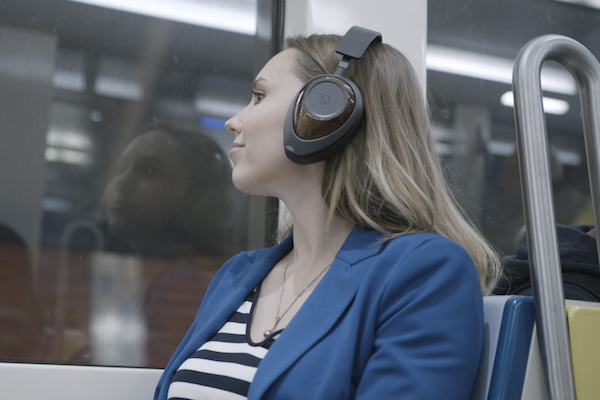 WE NOW HAVE THE FIRST EVER GRAPHENE HEADPHONES