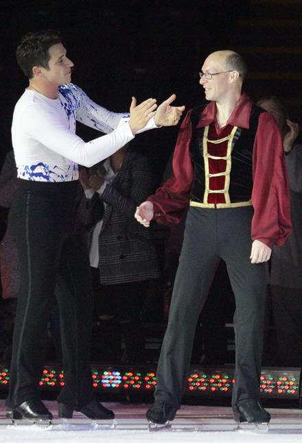 Special Olympics figure skater Marc Theriault saluted by Olympic champion Scott Moir
